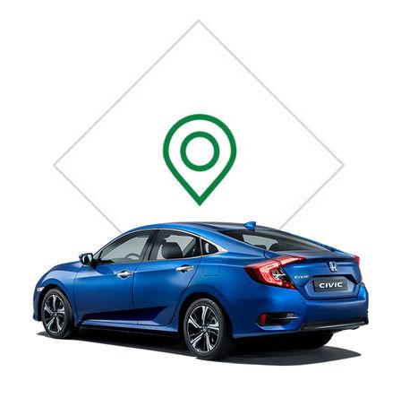 Zadný trojštvrťový pohľad na 4-dverovú Hondu Civic s grafikou predajného miesta.