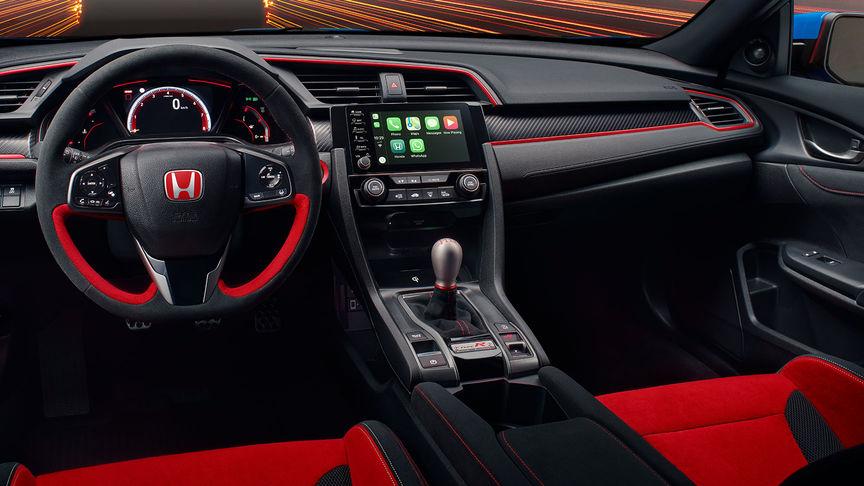 Detailný záber na interiér modelu Honda Civic Type R GT