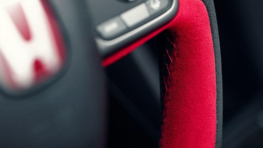Detailný záber na volant modelov Honda Type R