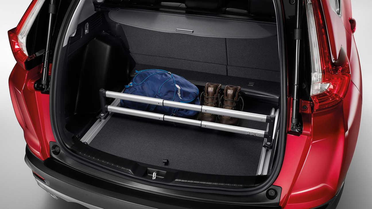 Zadný pohľad na prémiový organizér batožinového priestoru modelu Honda CR-V.
