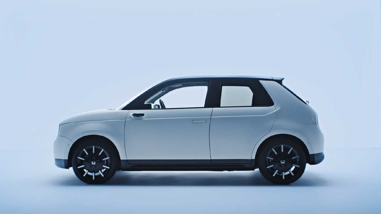 Still from Honda video to show minimalistic design.