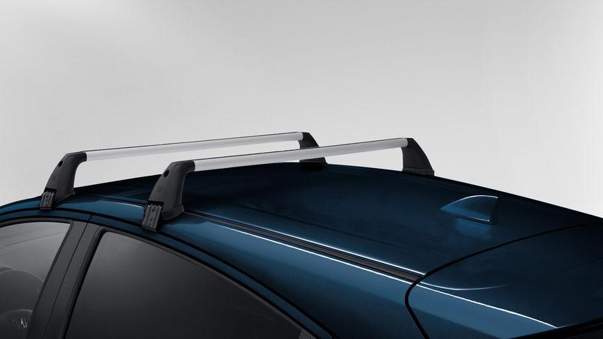 Detailný záber základného strešného nosiča modelu Honda HR-V.
