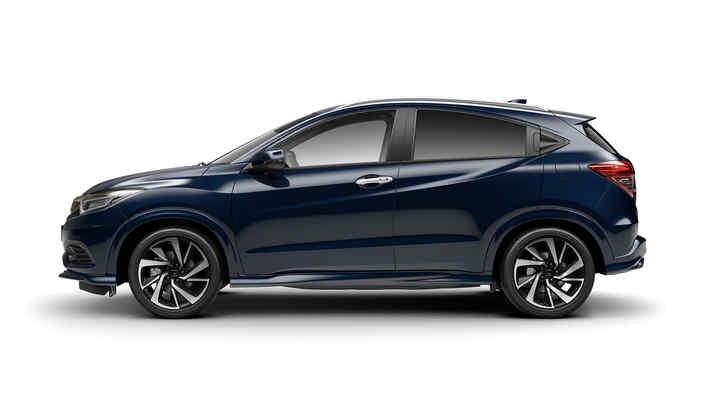 Predný trojštvrťový záber modelu Honda HR-V.