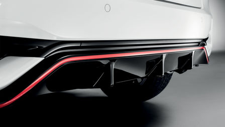 Detailný záber na zadný nárazník modelu Honda Jazz Dynamic.