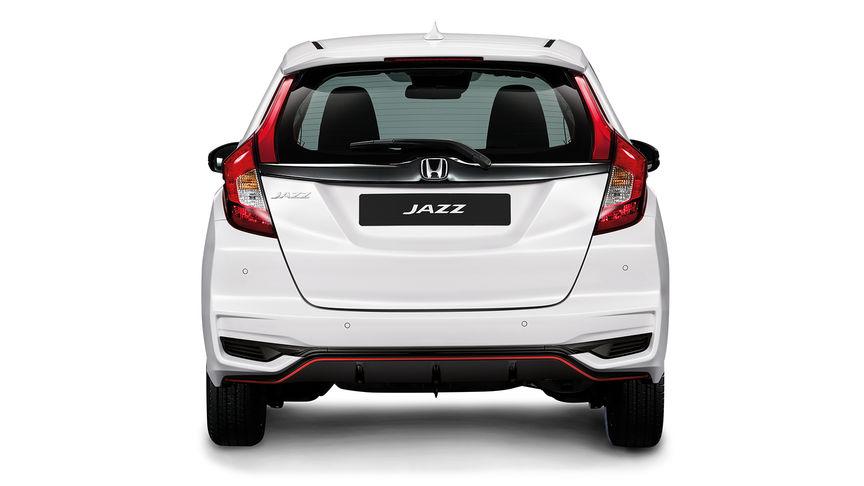 Zadný pohľad na model Honda Jazz Dynamic.