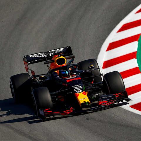 Výrez monopostu Aston Martin Red Bull Formula One.
